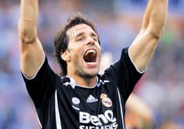 Nistelrooy geliyor