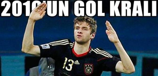 Müller asistleriyle...