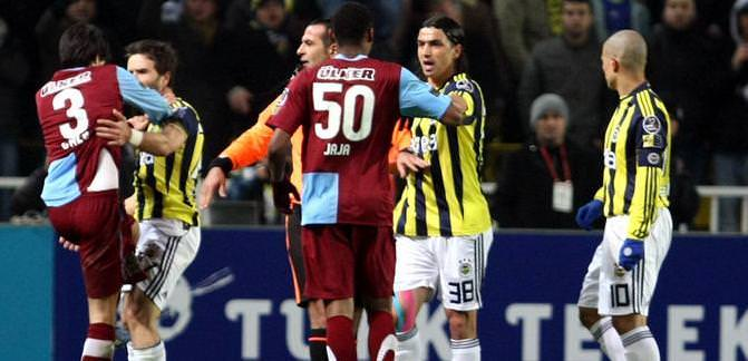 Fener Trabzonspor'u yine geçti