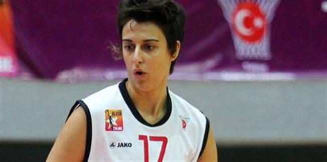 Galatasaraylı basketbolcuya büyük onur