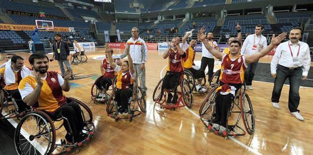 Elecom Sport Roma: 59 - Galatasaray: 97