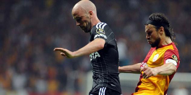 Beşiktaş bir attı iki saydı