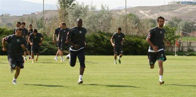 Konyaspor'da hazırlıklar Avanos'ta başladı