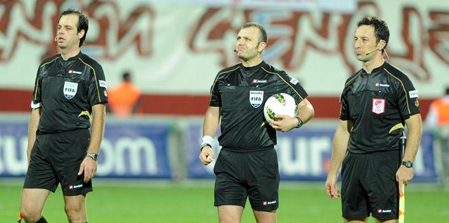 FIFA'dan Tolga Özkalfa'ya görev