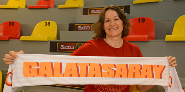 Necla Güçlü Esepaşa Galatasaray'da