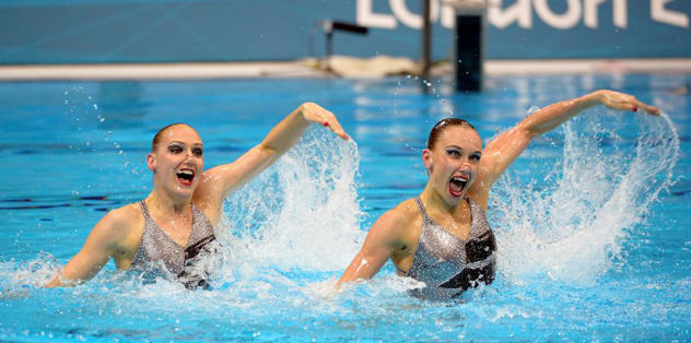 Senkronize yüzmede zafer Rus çiftin
