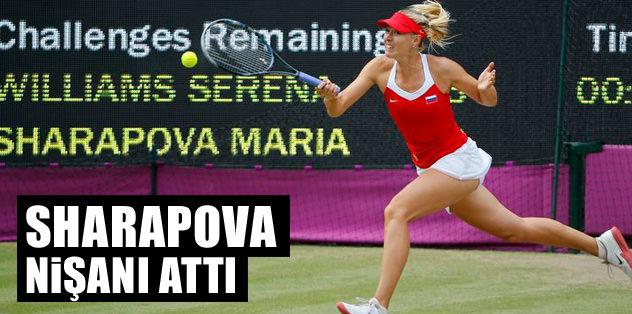 Sharapova nişanı attı