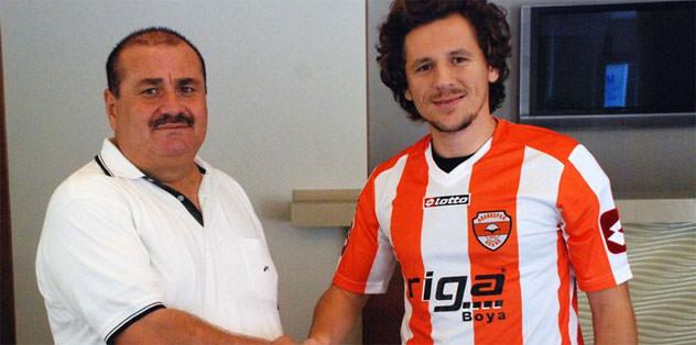 Adanaspor Bülent Kocabey'le anlaştı