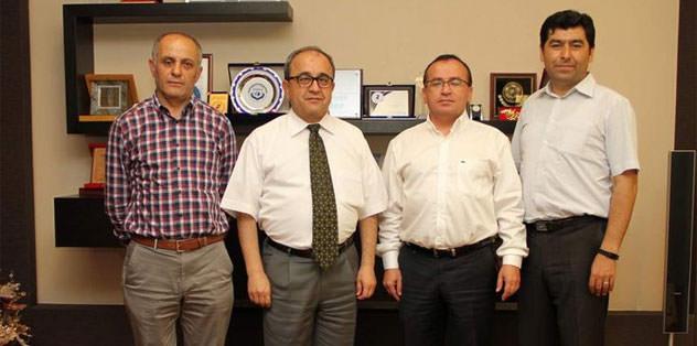 Denizlispor 3 futbolcuyla sözleşme imzaladı