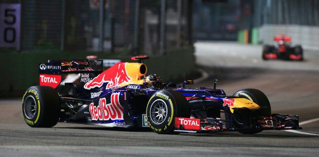 Singapur'un efendisi Vettel