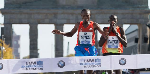 Berlin Maratonu'nu Kenyalı Geoffrey Mutai kazandı