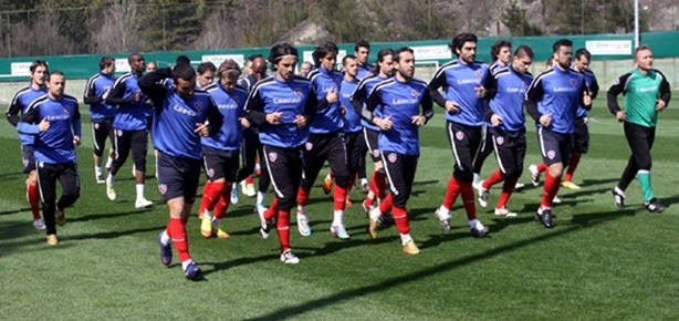 Karabükspor'da 12 günlük izin sona erdi