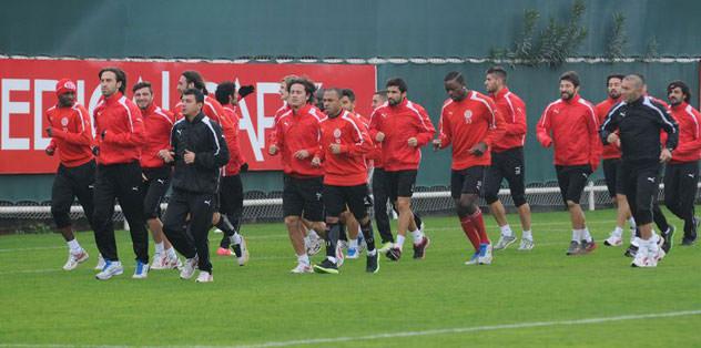 Antalyaspor'un aklı Akhisar'da