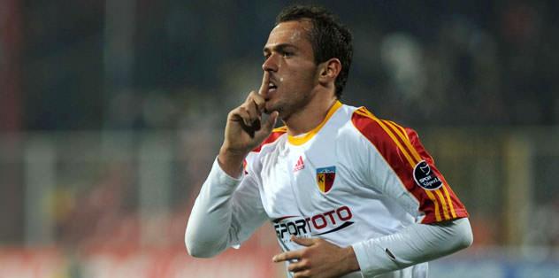 Sivasspor Kujovic'le ilgileniyor