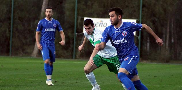 Karabükspor gözü kapalı kazandı: 3-0