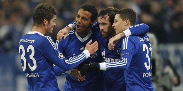 Schalke'ye iki şok birden