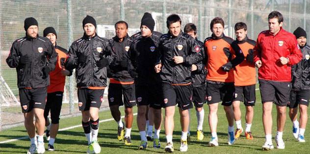 Adanaspor Beşiktaş'la karşılaşacak
