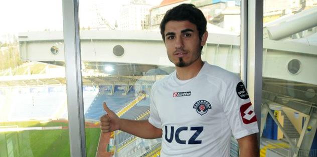 Kasımpaşa Erhan Kartal'ı transfer etti