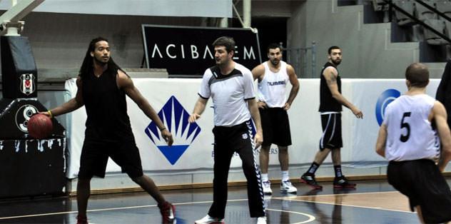 Beşiktaş galibiyetle tanışmak istiyor