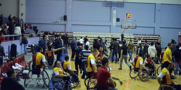 Tekerlekli Sandalye Ligi'nde derbi bugün