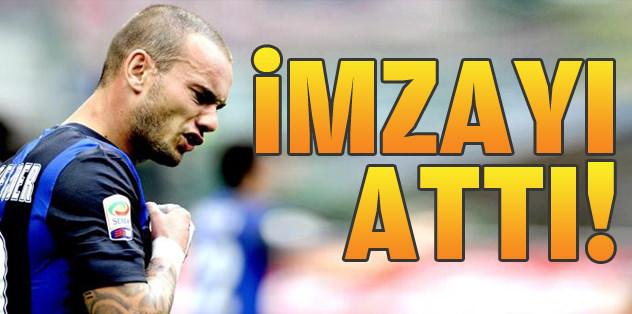 Sneijder imzayı attı!