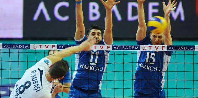 Halkbank, Arkas'ı 3-1 yendi