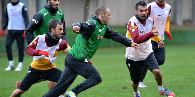 Galatasaray'da Elmander sevinci