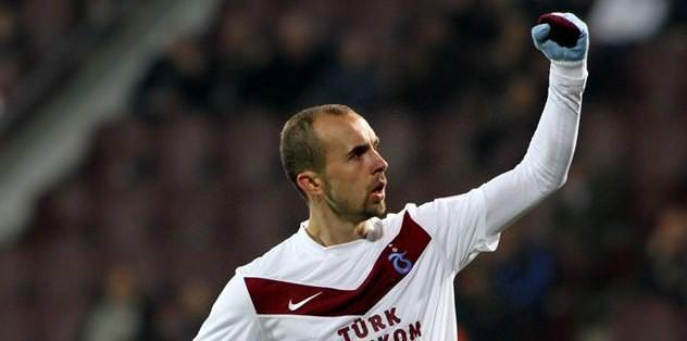 Trabzon'un gol umudu Adrian