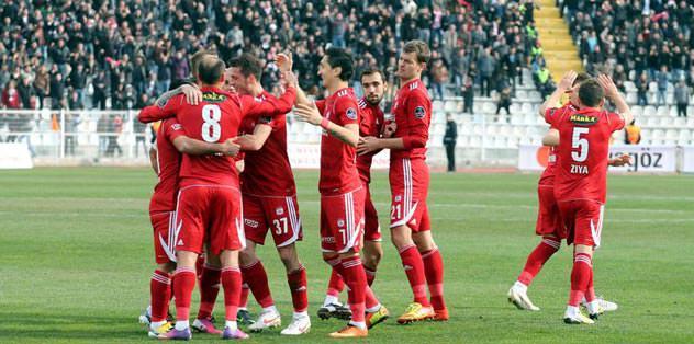Sivasspor eksik kadro ile çıktı