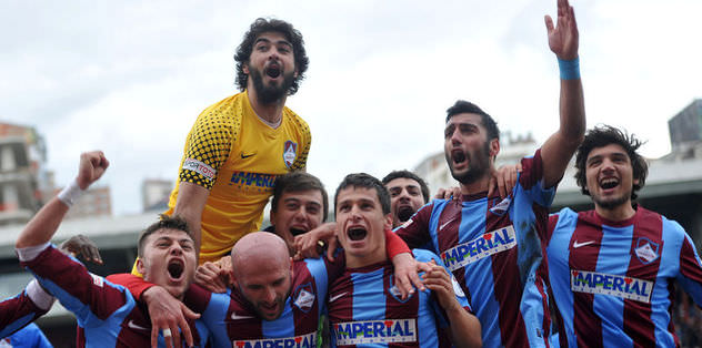 1461 Trabzon: 3 Karşıyaka: 2