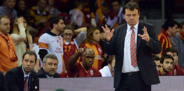 Ergin Ataman: Tüm Galatasaraylılardan özür diliyoruz