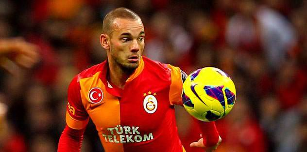 Sneijder uyuttu!