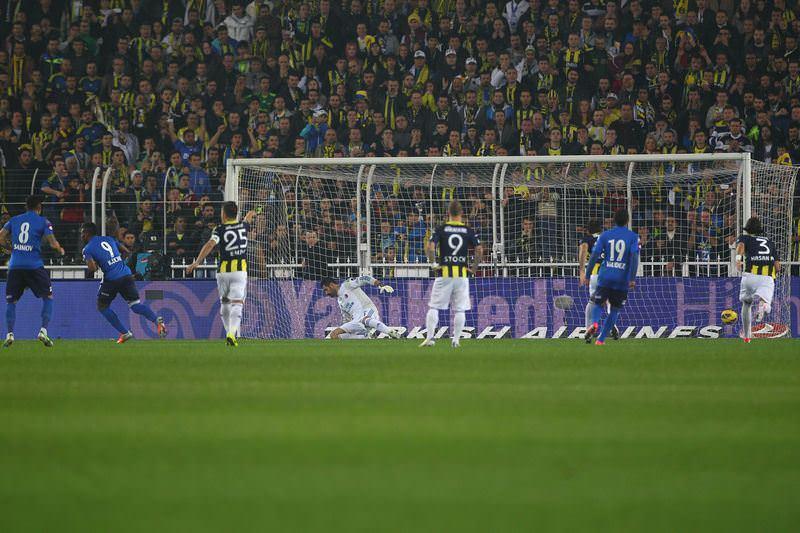 Penaltı patlaması