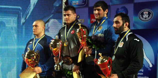 Milliler şampiyonayı 3 madalyayla kapattı