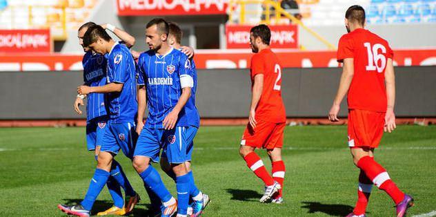 Kardemir Karabükspor, Medical Park Antalyaspor'u tek golle devirdi!