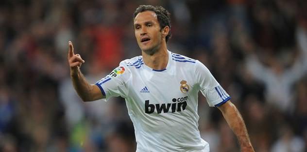 Escude'nin yerine Carvalho