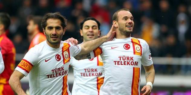 Wesley Sneijder takımdan ayrı çalıştı