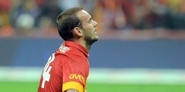 Sneijder direkten döndü