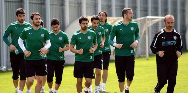 Avrupa kupaları'nı hedef alan Bursa, Paşa'ya karşı
