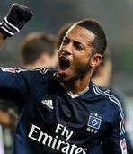 Fener'e yeni Santos: Dennis Aogo