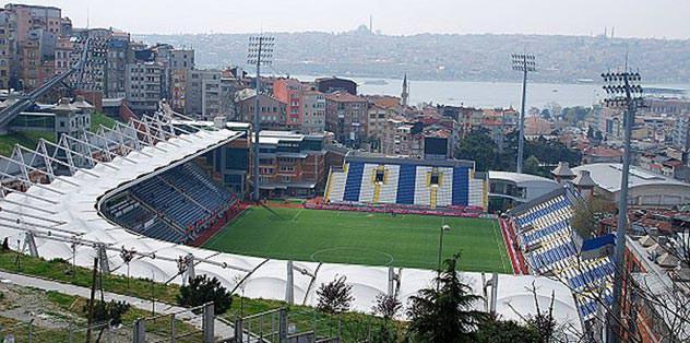 Lig maçları Kasımpaşa'da