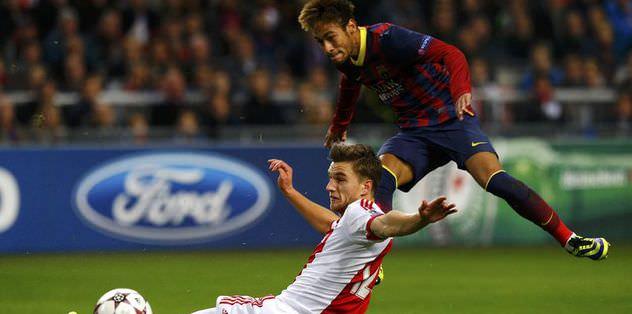 Barcelona'ya Ajax darbesi