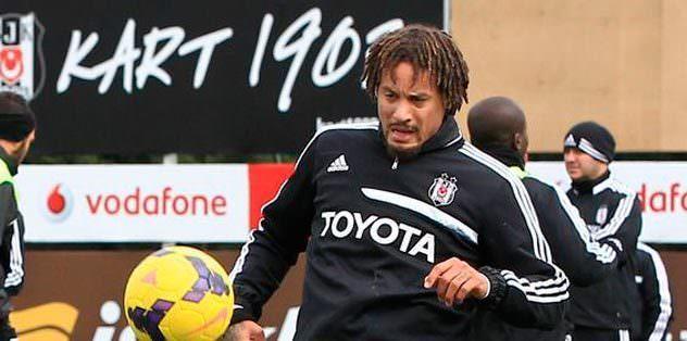 Yeni transfer Jones ilk 11'de