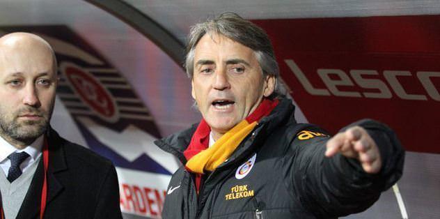 """Mancini: """"Bu bir hastalık"""""""