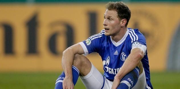 Schalke'de Höwedes şoku