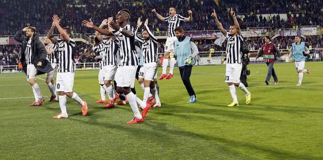 Juventus puan farkını korudu