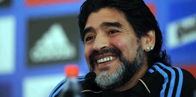 Maradona'dan Suarez'e destek