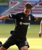 Yıldız oyuncu Beşiktaş'tan ayrıldı
