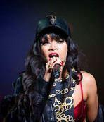 Tarkan-Rihanna kazandıracak!