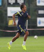Alves'ten taraftara çağrı